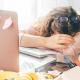 Hábitos que drenam nossa energia e vão além da procrastinação